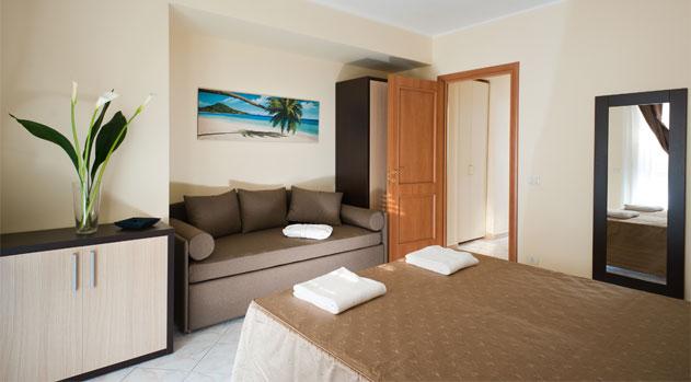 Casa vacanze samira appartamenti in affitto a fondachello for Appartamenti arredati in affitto a catania